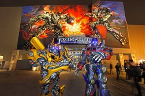 Bumblebee and Optimus Prime at Transformers The Ride.